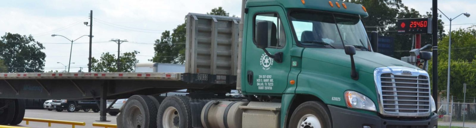 Metal-Recycling-Dallas_TxR-Slider-Truck-Scale